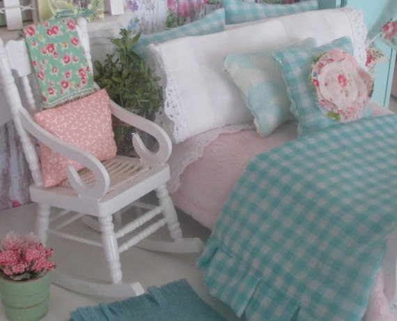 Miniature Shabby Aqua and Pink Ruffled Comforter, Bedding only