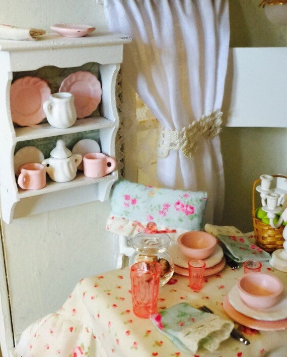 Miniature Shabby Style plate rack and Plates-1:12 Scale