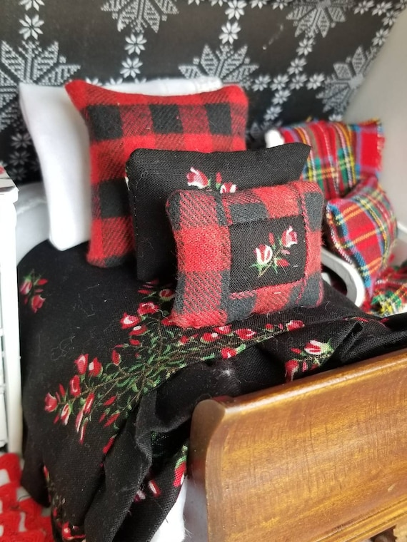 Miniature Christmas Plaid and Floral Bedding and Wood Sleigh Bed-1:12 scale