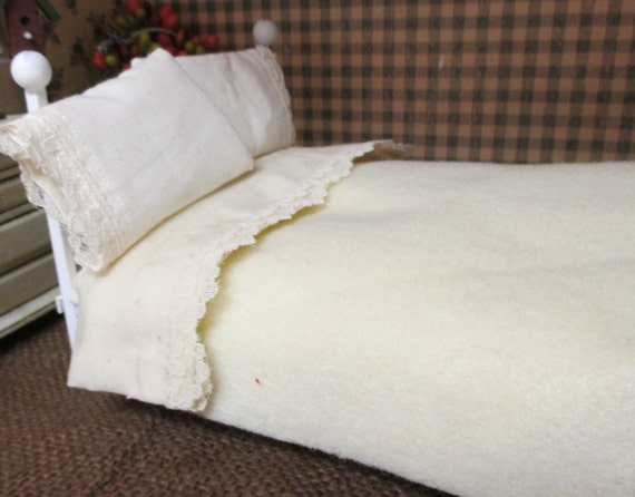 Dollhouse Miniature Blanket and Lace edged Sheet set with custom mattress-1:12 scale