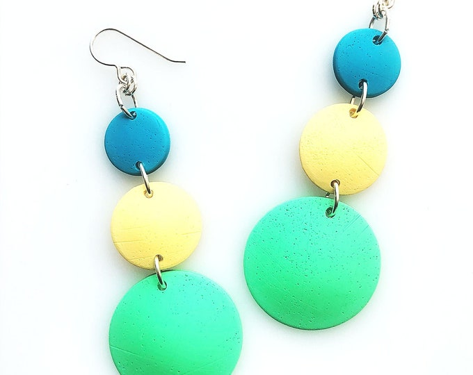 Spring into Summer Minimalist Geometric Triple Drop Circle Earrings