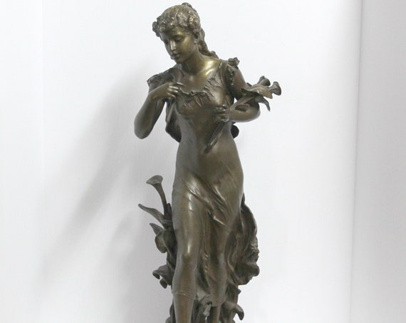 Antique Hippolyte Moreau Bronze Sculpture Young Girl Arum Lily Flowers, Antique Bronze Figure