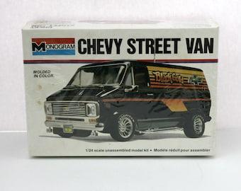 Vintage Chevy Street Van Sealed Model Kit 2216 Monogram 1977 1/24 Scale