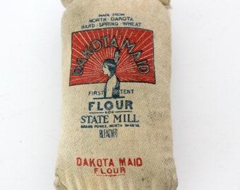 Vintage Rare Dakota Maid Flour Mini Sack Souvenir Toy, Advertising Premium, Promo, Native Indian Maiden Logo, State Mill, First Patent