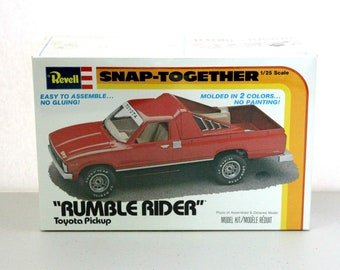 Vintage 55Rumble Rider Toyota SR5 Pickup Truck Revell Sealed Model Kit 6201, Snap Together, 1979 1/25 Scale