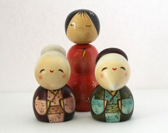 3 Vintage Wood Japanese Kokeshi Dolls, Girl, Lady, Old Couple, Elderly, Stooped, Wooden Figures