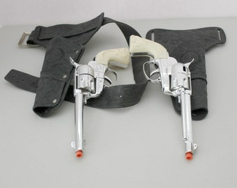 Vintage Fanner 50 Mattel Cap Gun Holster Set, 1960s Gazelle Antelope Grips
