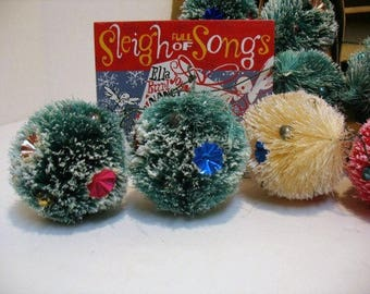 10 Vintage Christmas Soft Fiber Pine Tree Wreath Decorations