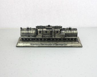1930s Vintage Railroad Car Railway Paperweight, Chicago, Milwaukee, St. Paul To Puget Sound Electrified, Metal Train