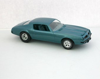 1974 Pontiac Firebird Formula 400 Vintage Model Car Dealer Promo