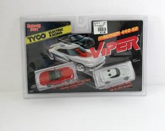 Vintage Tyco Magnum 440 X2 Viper Set 2 Slot Cars 1995 MIP Sealed MOC