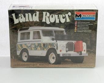 Vintage Land Rover Sealed Model Kit 2279 1981 Monogram 1/24 Scale