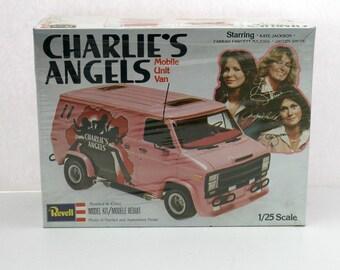 Vintage Charlie's Angels Mobile Unit Van Revell Model Kit H-1397, Vintage 1970s MIB Sealed
