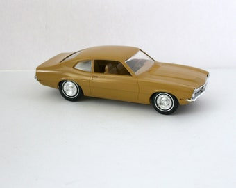 1970 Ford Maverick Vintage Jo-Han Mustard Yellow Model Car Dealer Promo JoHan