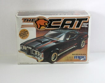 The Cat Mercury Cougar Street Machine Sealed Model Kit Vintage 1982 MPC 1-0830 1/25 Scale Black