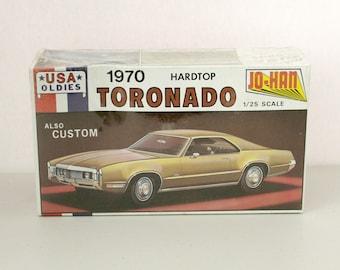 Vintage 1970 Toronado Hardtop USA Oldies Custom Model Kit, Vintage Jo-Han C-4970 Sealed NIB 1/25