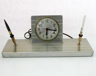 Vintage Art Deco Sessions Desk Clock Pen Set, 1940s Industrial Executive Office