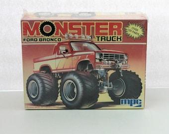 Vintage Monster Ford Bronco Truck 1989 Sealed Model Kit Ertl 6345 MPC 1-0452 1/25 Scale