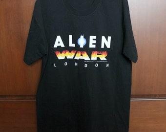 Alien War London I Survived T Shirt, Vintage 1993 UK Attraction