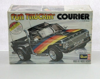 Vintage Fun Truckin' Ford Courier Revell Sealed Model Kit H-1302, 1977 MIB Ford Truck