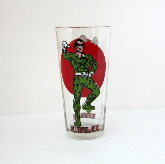 Vintage 1976 Riddler Glass Red Moon | Pepsi Super Series | Villain Super Hero