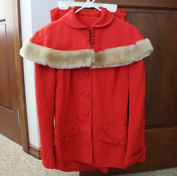 Vintage Red Skirt Suit Jacket w/ Faux Fur Trimmed Stole Cap Topper, Womens 1950s Small Christmas Red Suit