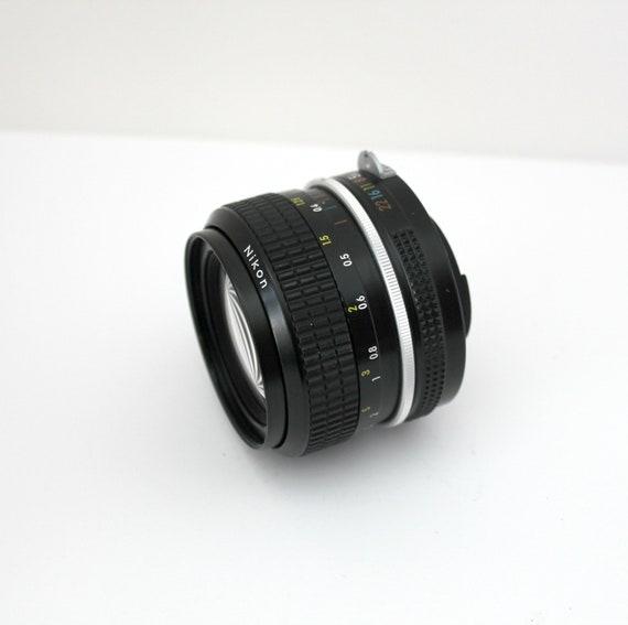 Vintage Nikon Nikkor 28mm 2.8 Non Ai 407406 Camera Lens With Case