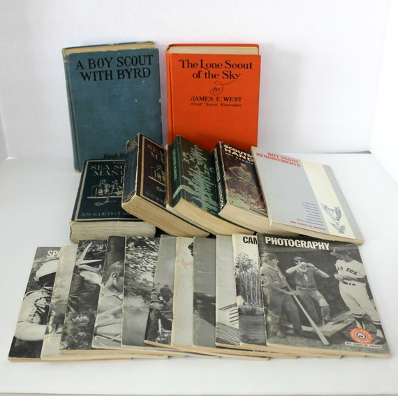 Vintage Lot Boy Scout Manuals, Sea Scouts, Merit Badge Series Booklets Vintage 1920s - 70s