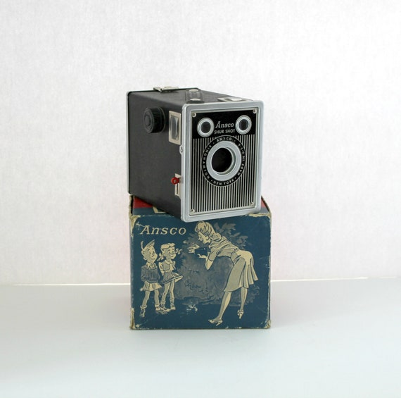 Vintage Ansco Shur Shot 20 Camera in Orig Cartoon Box, Art Deco 1940s