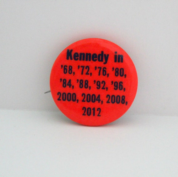 Vintage RFK Robert Bobby Kennedy 1968 Pin Back Button '68 - 2012 1968 Presidential Campaign