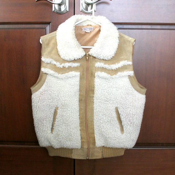 Vintage Suede Leather Sherpa Vest | Tan Cowhide Boho 1970s Taiwan | Zip Front