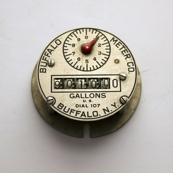 Vintage Buffalo Meter Co. Dial 107, Gallons Water Pump Metal Gear Dial Face, 30s Deco Steampunk