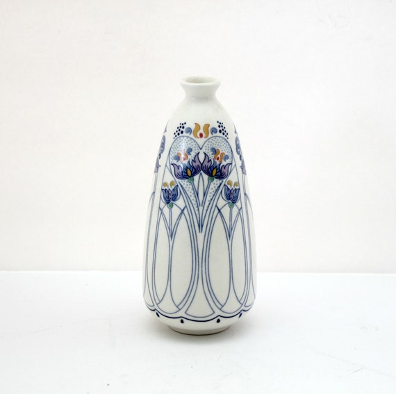 Royal Goedewaagen Amata Small Vase Holland Ceramic Floral Blue White Art Nouveau