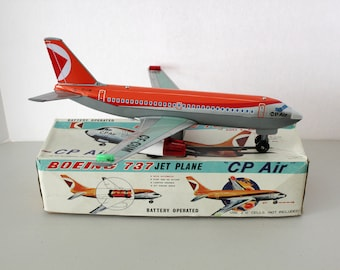 Boeing 737 Jet Plane CP Air Battery Operated Toy in Box, Tin, TN Nomura Japan