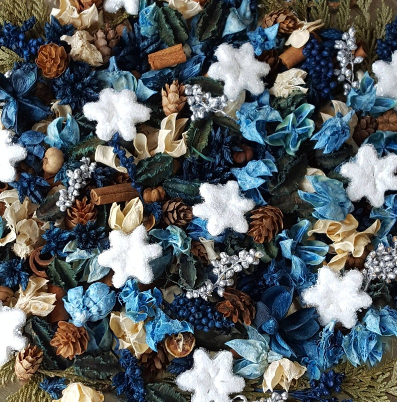 Let It Snow Artisan Winter Snowflake Potpourri image 0