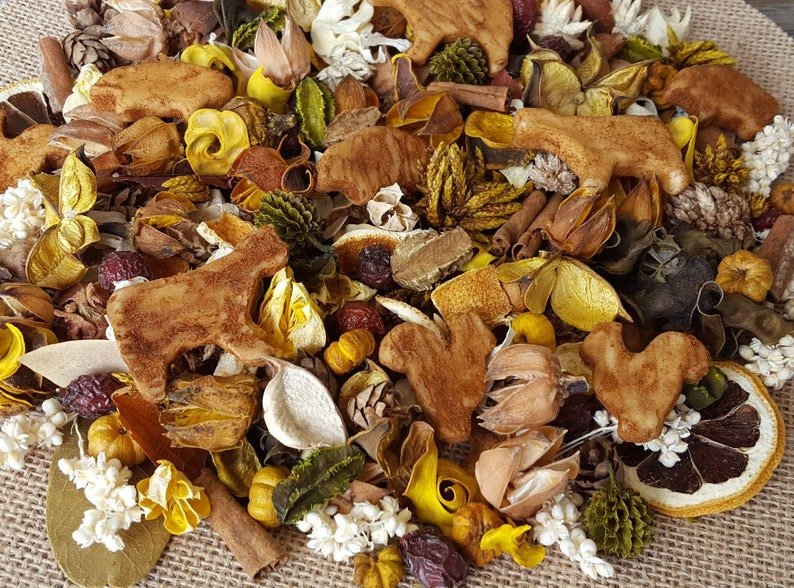 Down On The Farm Artisan Potpourri image 0