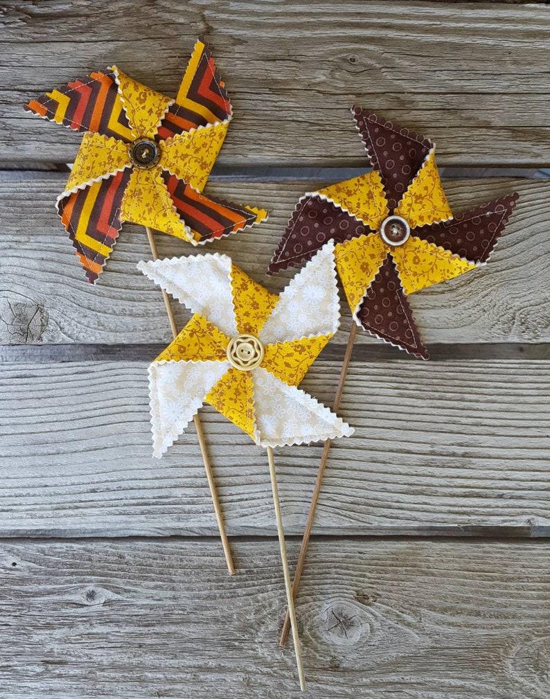 Summer Sunflower Pinwheel Party Decoration image 0