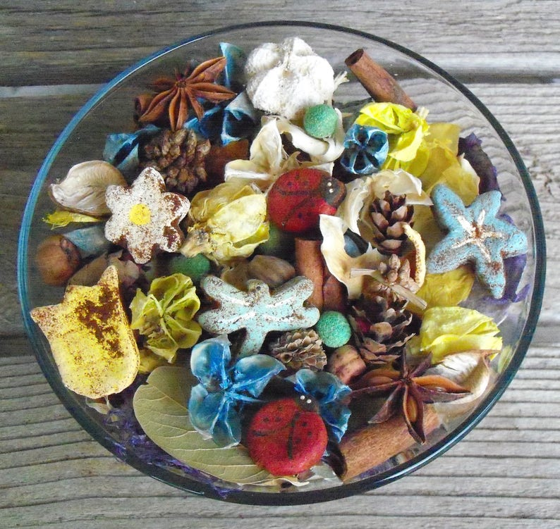 Summer Potpourri Ladybug Decor Country Cottage Garden Artisan Potpourri Choose Your Scent Country Garden Flower Summer Fragrance