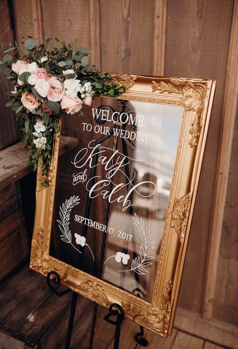 The SOPHIA COLLECTION acrylic wedding welcome sign. Hand image 0