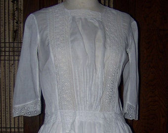 ANTIQUE Edwardian Beautiful White Eyelet Dress With Old Repairs Charming Simple Project