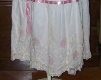 Antique Edwardian Wonderful Unusual White Lace Trimmed Petticoat Tatted Motifs Hand Embroidery Skirt Wedding Boudoir Layered