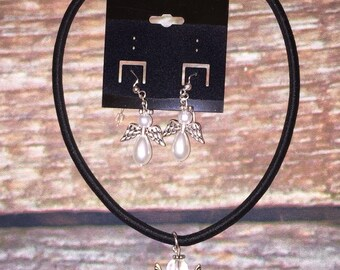 Angel Necklace And Earrings Set