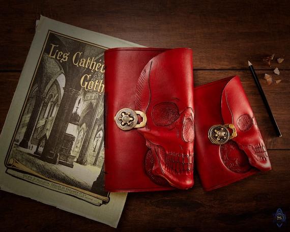 grimoire, livre d\'ombres, livre d\'orthographe, carnet de notes en cuir,  journal en cuir, livre magique, nécronomon, journal gothique, carnet de  voyage