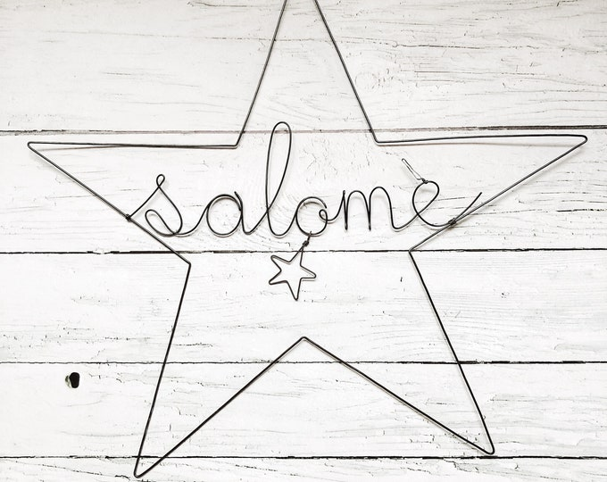 Wire star with a name