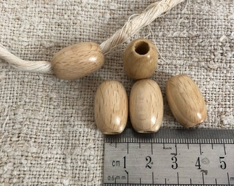 Set of 5  wooden olives beads, polished and varnished 14 X 21 mm for macramé