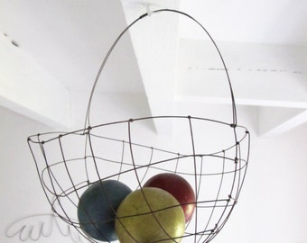 Basket in wire - handmade in France