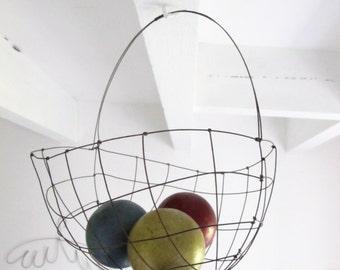 Basket in wire - handmade in France