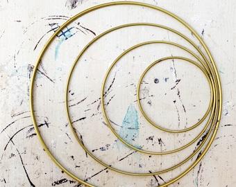metal hoop, 4  sizes :  ø 10cm, 15 cm,  20 cm, 25 cm, black hoop, silver hoop,  gold hoop, gold ring, metal ring, black ring, silver ring