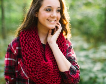 Circular Cowl in Cranberry // Knitted Red Valentines Scarf // Infinity Knit Ruby Red Scarf