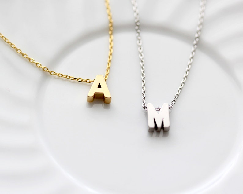 Initial Necklace / Monogram Necklace / Letter Necklace / image 0